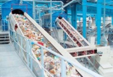 Το τέχνασμα της παραπλάνησης με φόντο τα σκουπίδια
